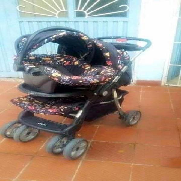 Coche ms porta beb y corral