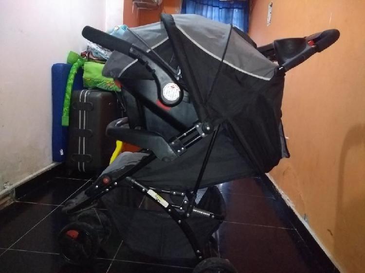 Se vende coche y silla portabebé