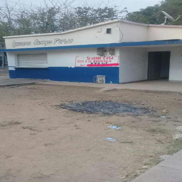 Vendo casa comercial esquina barrio san joaquin -