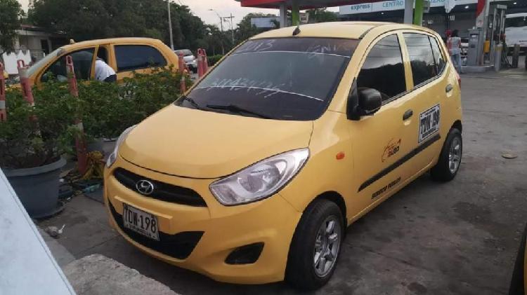 Vendo taxi hyundai i10 modelo 2013 de 31