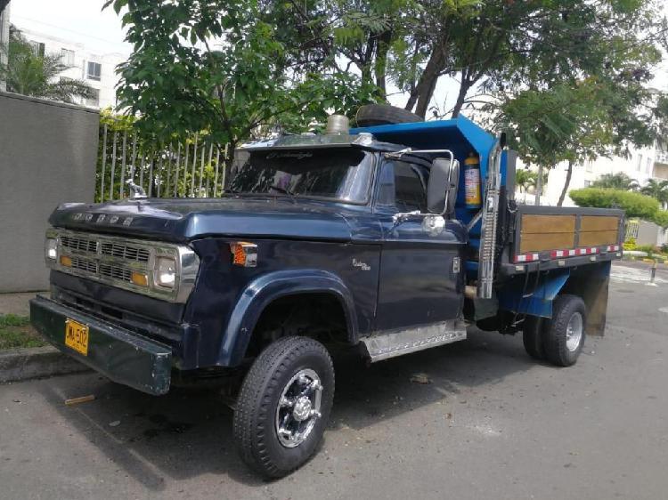 Camion volqueta dodge para la venta