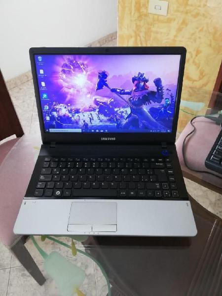 Samsung intel core i7 8 nucleos 4gb ram 500gb disco duro