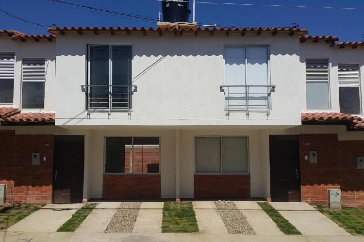 Casa nueva conjunto cerrado zaragoza sector garcia herrero,
