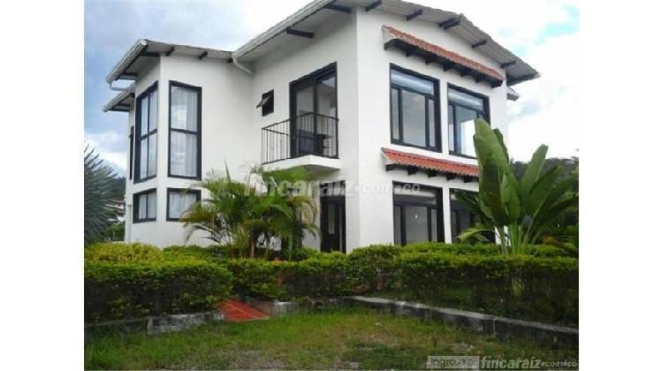 Casa en venta en la trinita 3097552