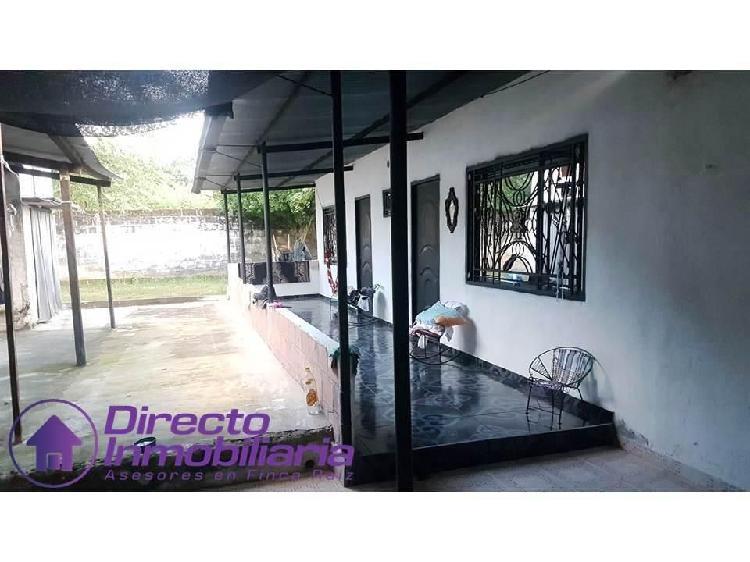 Se vende casa- apartamento 432 mt2, ubicada en sabana de