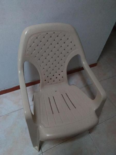 Vendo silla playera y de brazo