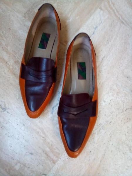 Zapatos velez talla 38 amarillo mostaza oscuro/cafe oscuro