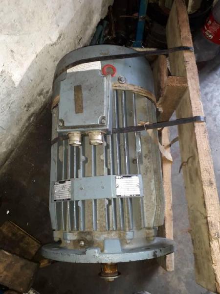 Motor trifasico 10 hp nuevo