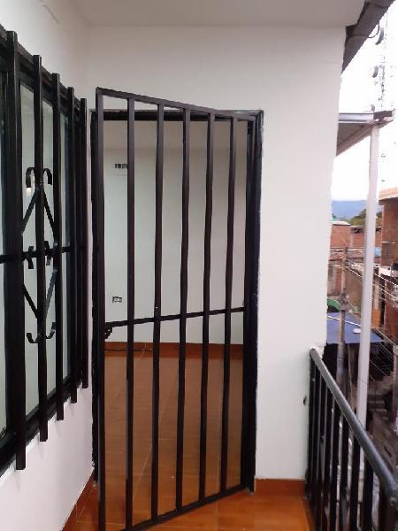 Arrendo apartamento 3er piso
