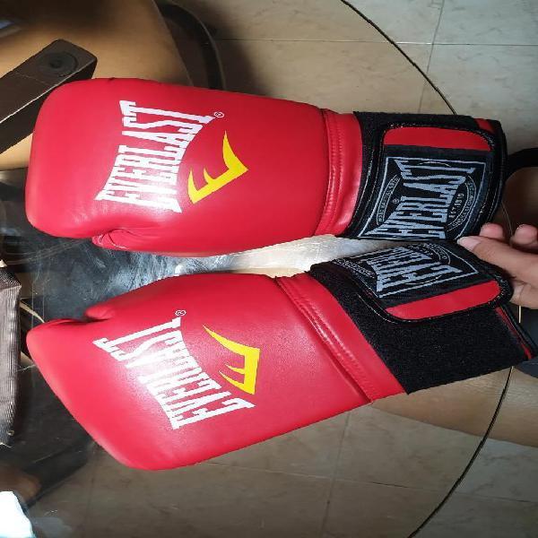 Guantes de boxeo