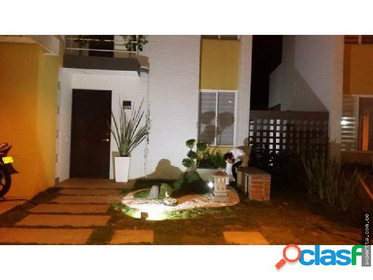 Venta de casa urbanización del castillo jamundi