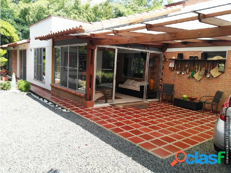 Casa en venta por pueblito cafetero - pereira