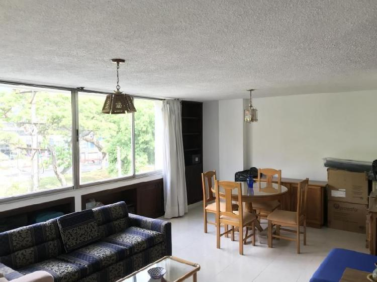 Apartamento En Venta En Cali Urbanización La Flora Cod.