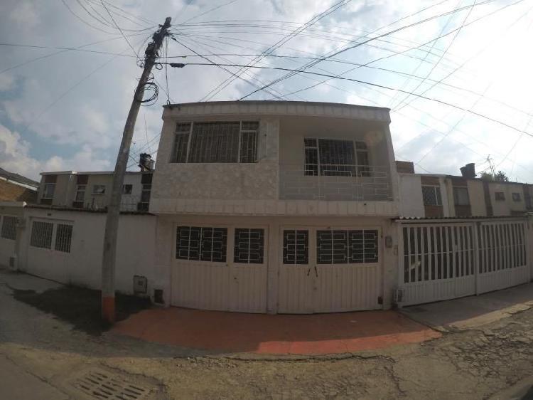 Casa en venta en bogota alamos sur engativá cod. vbsei3731