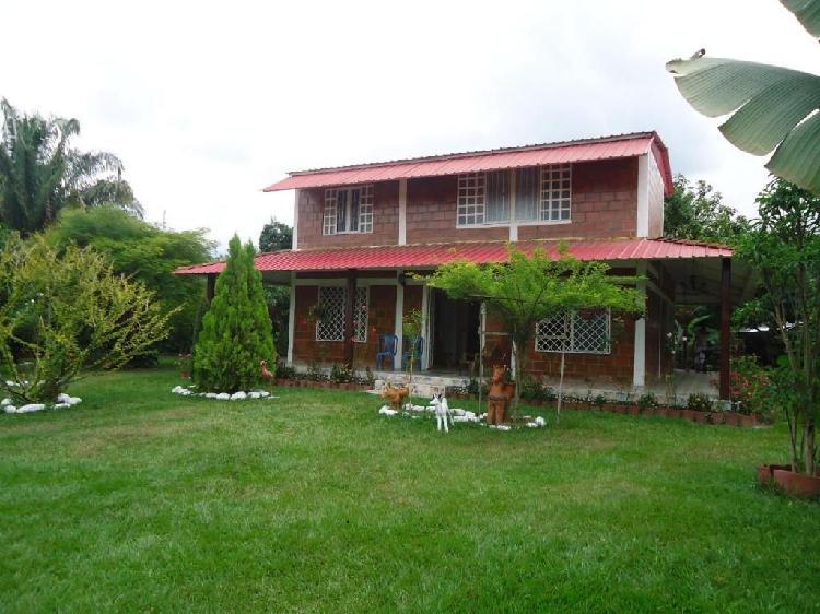 Casa campestre Tablones con piscina