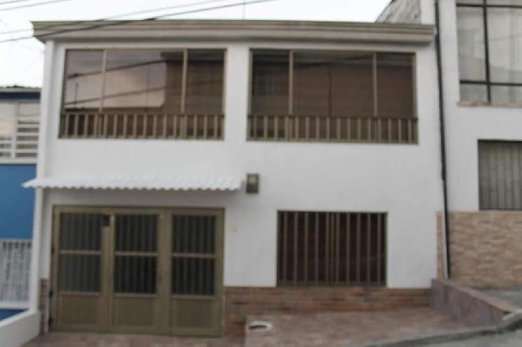 En Venta Hermosa Casa Barrio La Enea