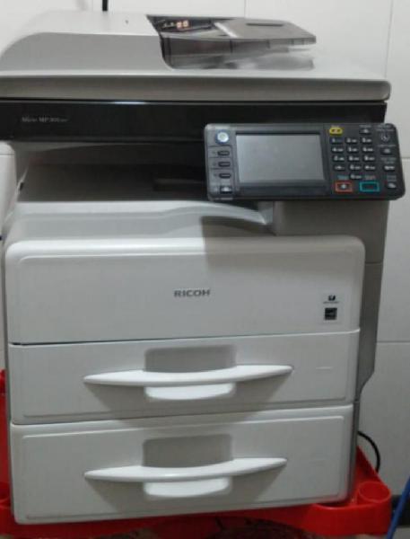 Fotocopiadora ricoh mp301