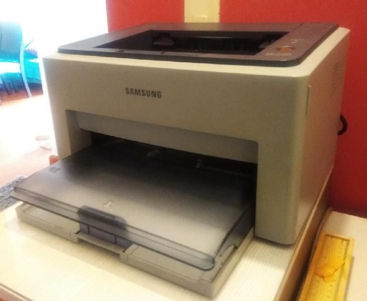 Impresora monocromática láser samsung