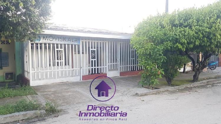 Se vende casa de 242 mt2, ubicada en el municipio de sabana