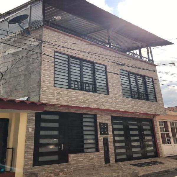 Se vende casa en la urbanizacion san francisco, con 5