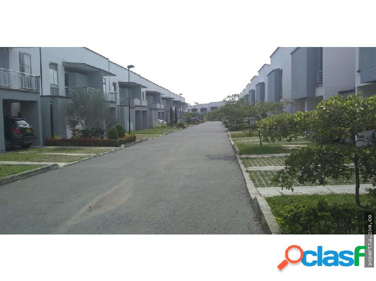 Se vende casa en condominio en jamundi