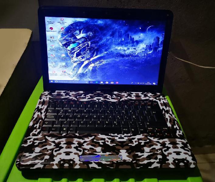 Se vende laptop lenovo personalizado