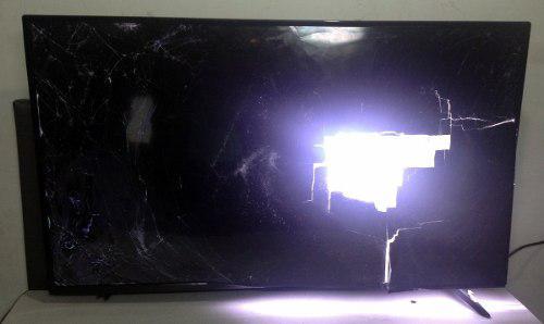 Tv led hyundai de 48 hyled481int2 pantalla rota repuestos