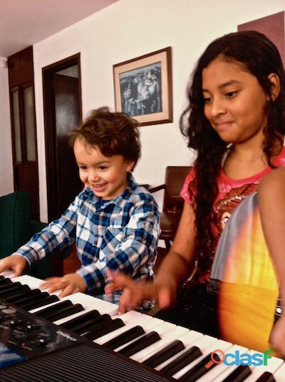 Cursos de guitarra y piano para niños / vacaciones