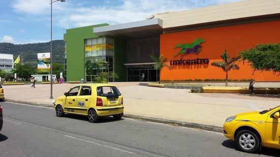 Arriendo local centro comercial unicentro yopal