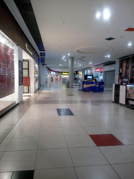Arriendo local en centro comercial terraplaza popayan