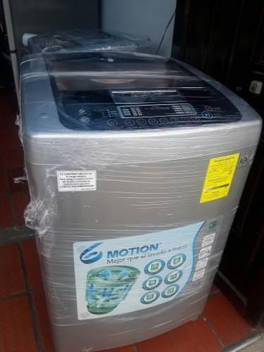 Lavadora lg usada. con garantía poco. uso