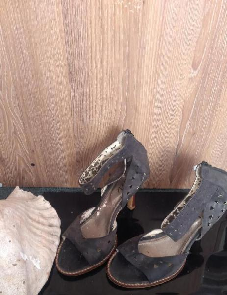 Sandalias en Cuero