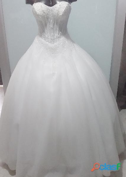 Alquiler de vestido talla s m para matrimonio en itagui