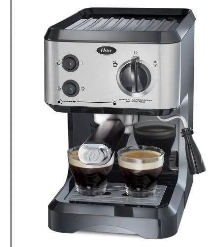 Cafetera oster de vapor para espresso y cappuccino plateada