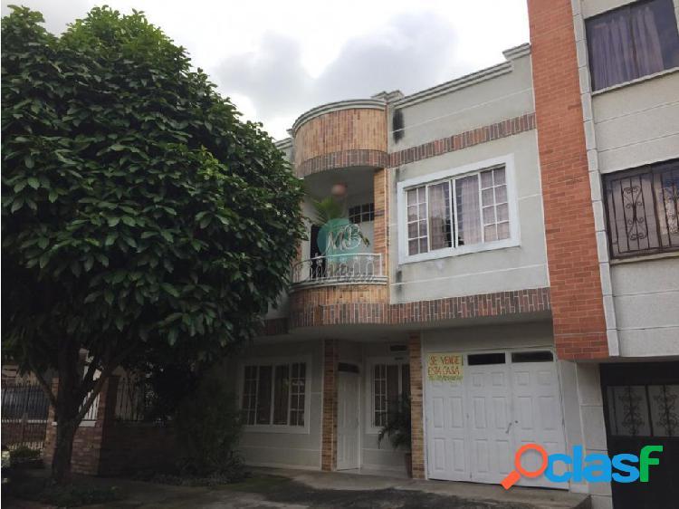 En venta casa vehicular fontana bucaramanga