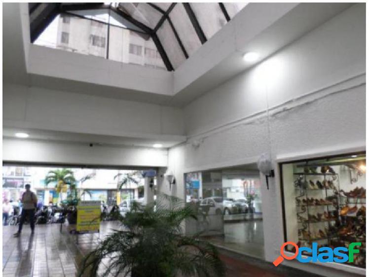 Local centro comercial galerías