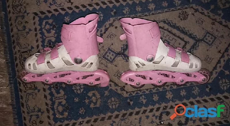 Vendo patines en línea, para niña, talla 27 – 30. ruedas en silicona en excelente