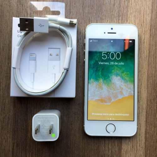 Iphone 5s de 64gb silver blanco con cargador excelente!