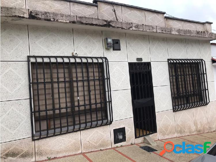 Casa en venta en barrio granada
