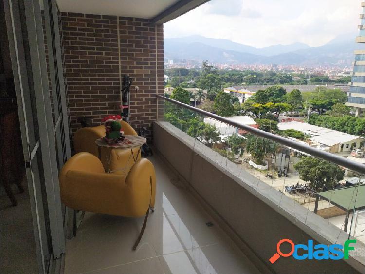 Apartamento amplio en el mejor sector de medellín