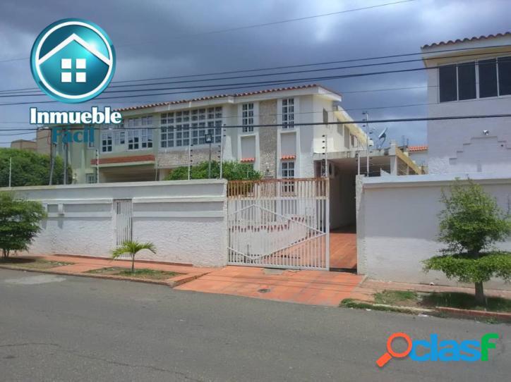 Townhouse en Urbanización Cumbres de Maracaibo