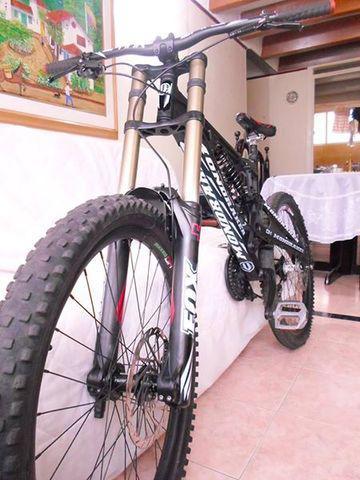 Bici descenso excelente precio