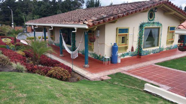 Casa de campo en venta –alto de las palmas cód. 97.