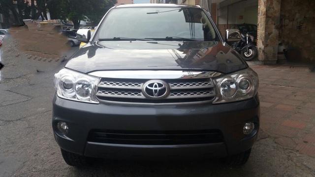 Toyota fortuner urbana 2011