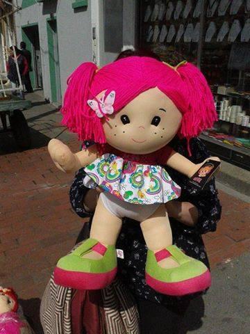 A la venta muñecas. tres tamaños. últimas a precios pre