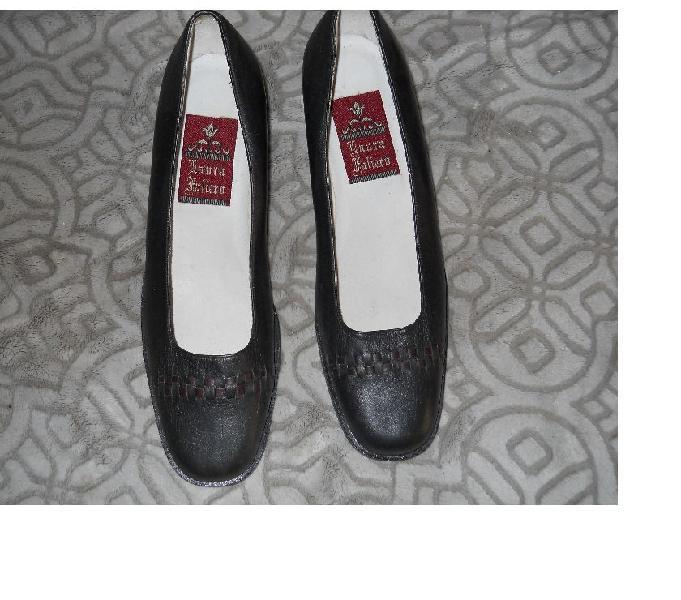 Vendo zapatos de cuero talla 39