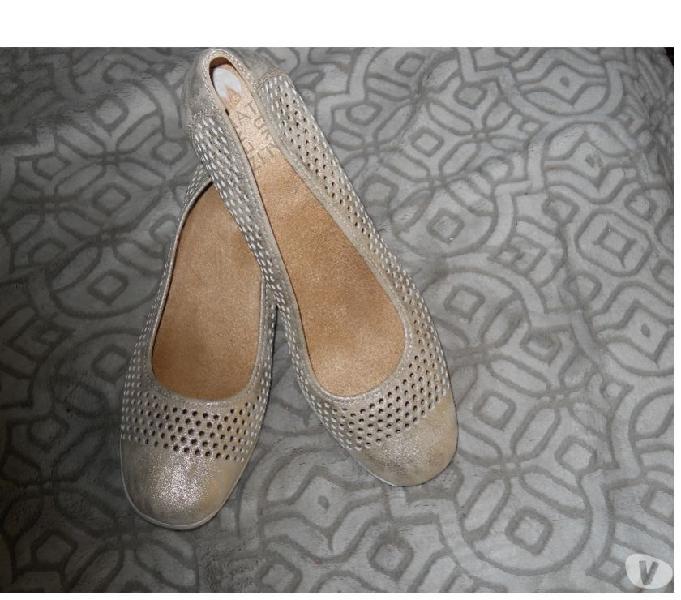 Zapatos en tacon bajito talla 39