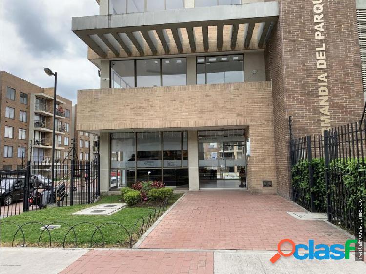 Apartamento en venta centro funza rah co:20-743