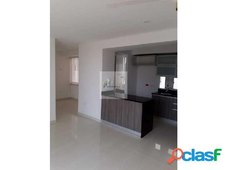 Se vende apartamento piso alto rioalto sombra