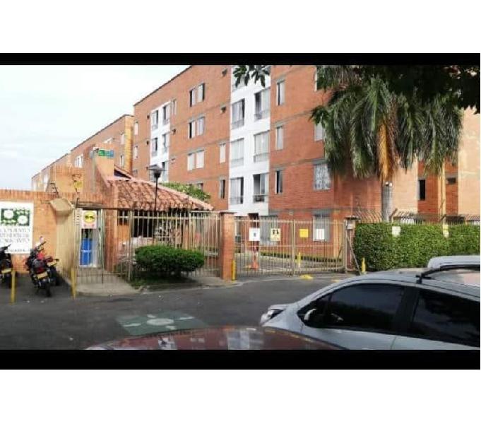 Apartamento en unidad residencial calicanto
